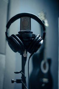 Mikrofon - ilustrační foto